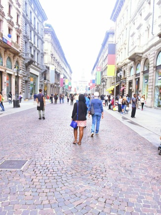 Exploring Milan. (It's incredible!!)